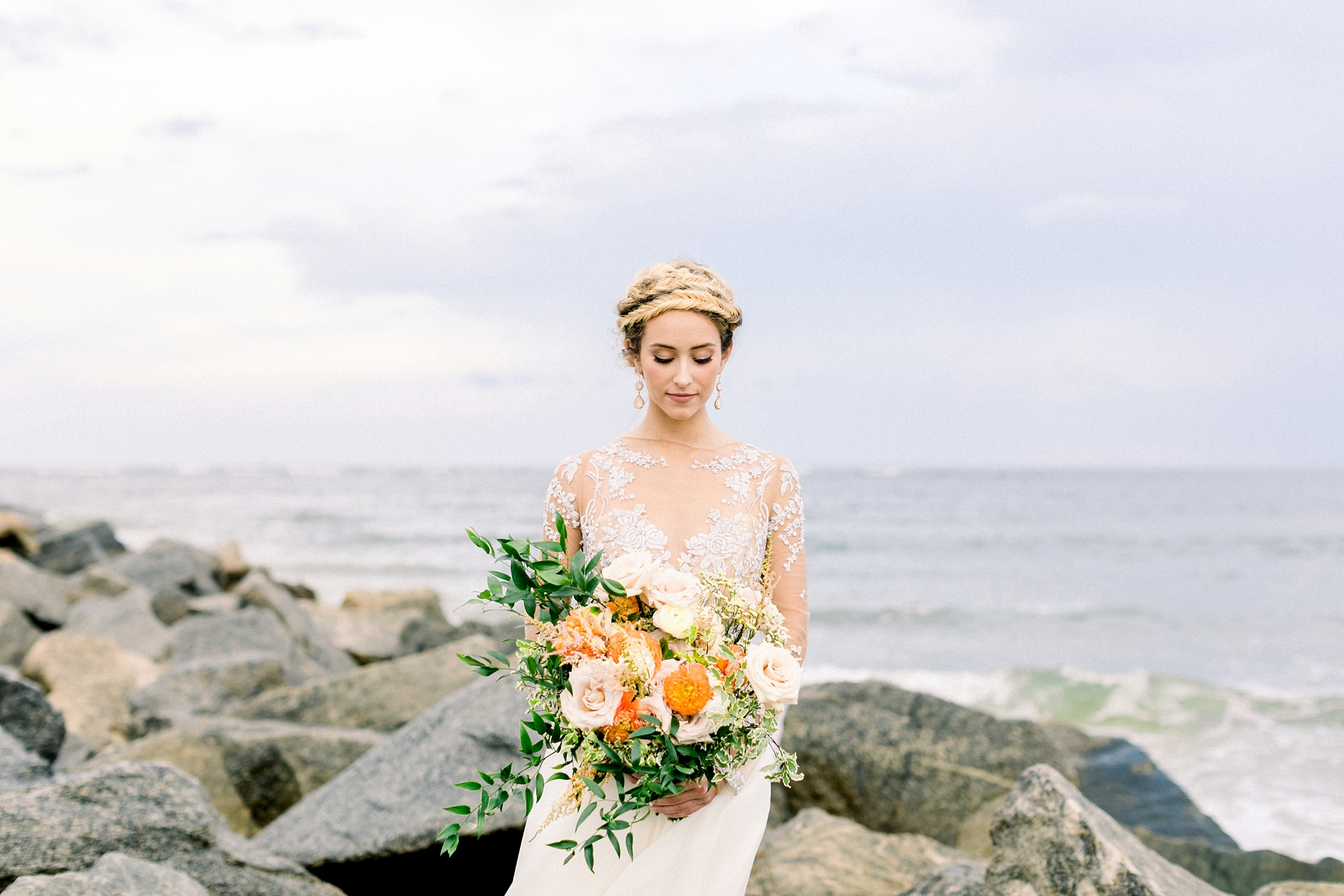 Natalie Broach Photography | Vilano Beach Photoshoot | St. Augustine Wedding Photographer | Bridal Photoshoot | Jacksonville Wedding Photographer | Fine Art Wedding Photographer | fall color bouquet